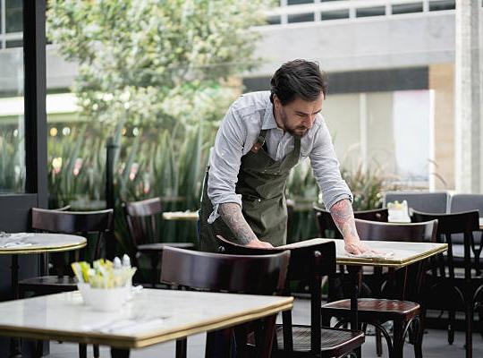 05 cách truyền cảm hứng làm việc cho nhân viên nhà hàng