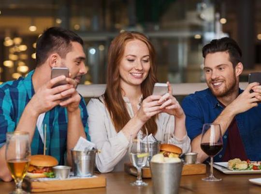5 kiểu khách hàng thường gặp và cách khiến họ chi tiêu nhiều hơn