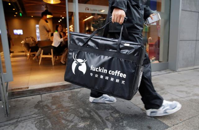 Cú lừa lịch sử của 'Starbucks Trung Quốc': Sự vỡ vụn của mô hình kinh doanh tăng trưởng bất chấp, không màng tới lợi nhuận FnB Việt Nam