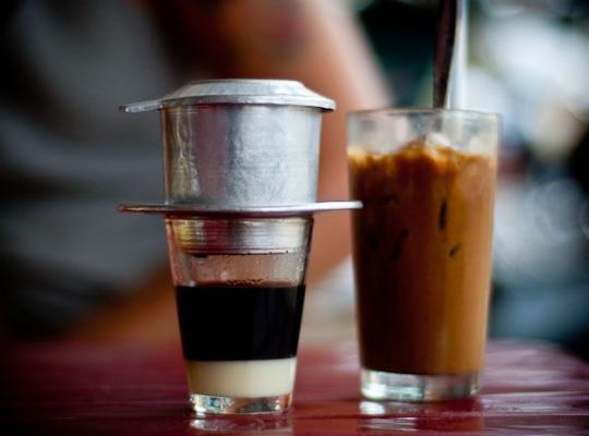 Thời điểm mở quán cà phê nào là thích hợp nhất trong năm