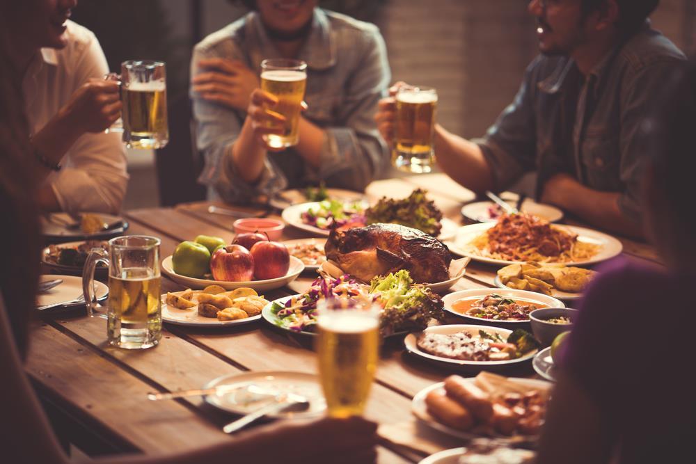 Thói Quen Ăn Uống Khi đi Nhà Hàng