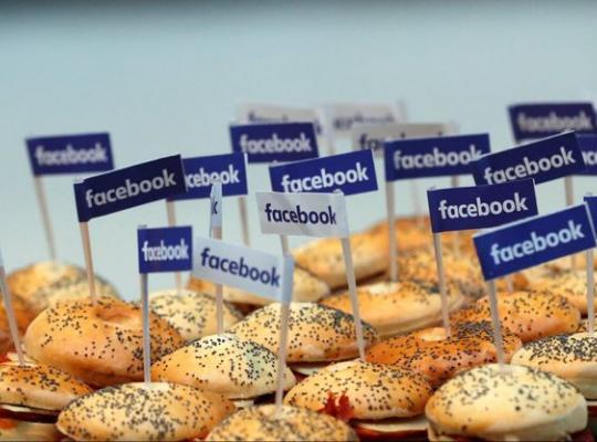 Kinh doanh nhà hàng thành công: đồ ăn ngon, dịch vụ tốt thôi là chưa đủ, còn phải biết làm social media hiệu quả